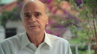 3 de Maio - 1943 – Drauzio Varella, médico oncologista, cientista e escritor brasileiro.