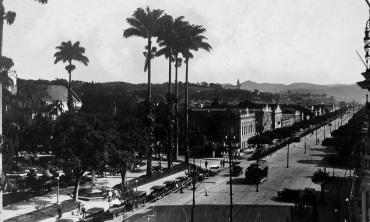 31 de Maio - Avenida Rio Branco, em 1928 - Juiz de Fora (MG) - 167 Anos.