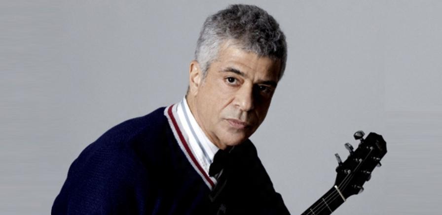 4 de Maio - 1953 – Lulu Santos, compositor e músico brasileiro.