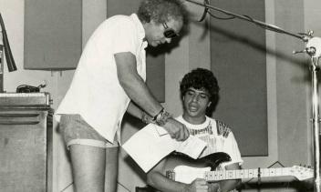 4 de Maio - Lulu Santos e Erasmo Carlos em 1984.