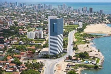 4 de Maio - Praia de Candeias ao sul – Jaboatão dos Guararapes (PE).