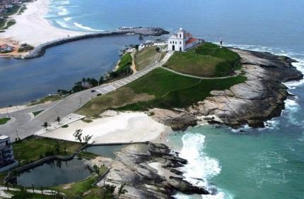 8 de Maio - Saquarema (RJ) — Praia de Itaúna esta entre as 10 melhores praias do RJ para a prática do Surfe.