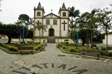 1 de Junho - Igreja Matriz, nome na calçada, Itatiaia - RJ.