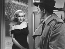 1 de Junho - Marilyn Monroe durante o filme The Asphalt Jungle (1950), uma de suas primeiras interpretações notada pelos críticos.
