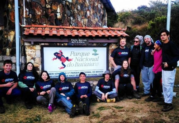 1 de Junho - Parque Nacional do Itatiaia - Grupo de trilheiros - RJ.
