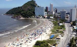 12 de Junho - Tomada aérea de Caiobá, o principal balneário de Matinhos - A (Cidade) Namorada do Paraná - Matinhos (PR) - 50 Anos.