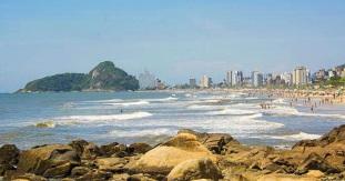 12 de Junho - Vista de Caiobá, o principal balneário de Matinhos - A (Cidade) Namorada do Paraná - 50 Anos.