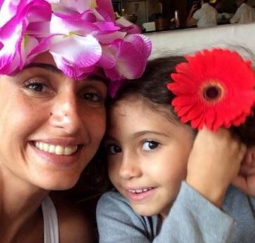 13 de Junho - Camila Pitanga e a filha, Antonia, que foi assim batizada em homenagem ao avô, Antonio Pitanga.