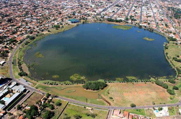 15 de Junho - Tomada aérea da Lagoa Maior — Três Lagoas (MS) — 102 Anos.