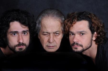 16 de Junho - Gracindo Jr. e os filhos na peça 'Canastrões'