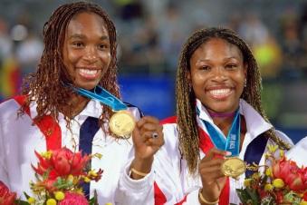 17 de Junho - Venus and Serena Williams nas Olimpíadas.