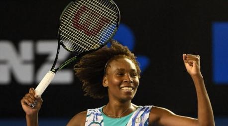 17 de Junho - Venus Williams comemorando vitória.
