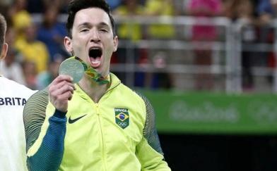 19 de Junho - 1986 – Diego Hypólito, ginasta brasileiro, prata olímpica no Rio, em 2016.