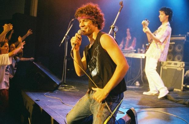 19 de Junho - Daniel de Oliveira em 'Cazuza - O Tempo Não Pára'.