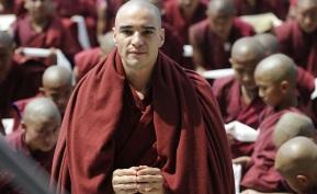 2 de Junho - 1980 - Caio Blat de Oliveira, ator brasileiro - Interpreta o monge budista Sonan em Joia Rara.
