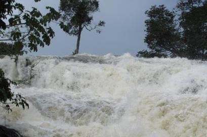 2 de Junho - Cachoeira do Arco Iris em Guarantã do Norte - MT.