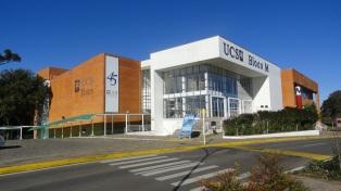 20 de Junho - Teatro da UCS de Caxias do Sul (RS) — 127 Anos.