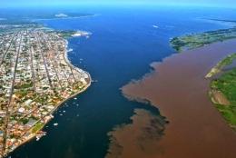 22 de Junho - Encontro das águas do Rio Amazonas com o Tapajós — Santarém (PA) — 356 Anos.