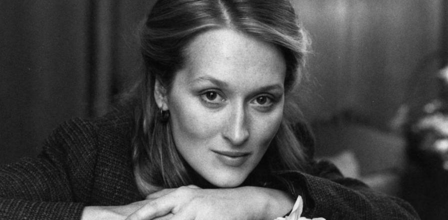 22 de Junho - Meryl Streep, atriz, jovem, foto pb.