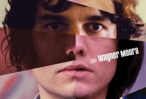 27 de Junho – Wagner Moura como o jovem Marcelo, na capa do filme 'VIPs'.