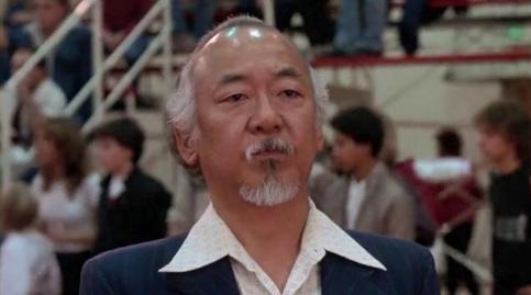 28 de Junho – 1932 — Pat Morita, ator estado-unidense (Sr. Miyagi no filme Karatê Kid) (m. 2005).