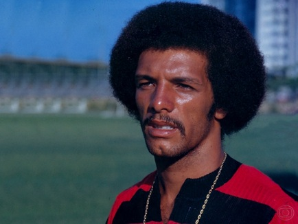 29 de Junho – 1954 — Júnior, ex-futebolista brasileiro.