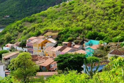 3 de Junho - As casas coloridas no meio da paisagem - Piranhas (AL) - 130 Anos.