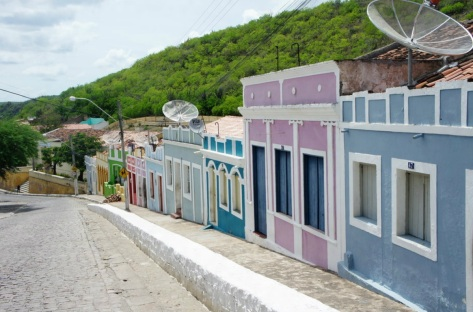 3 de Junho - Ladeira com as casas coloridas - Piranhas (AL) - 130 Anos.