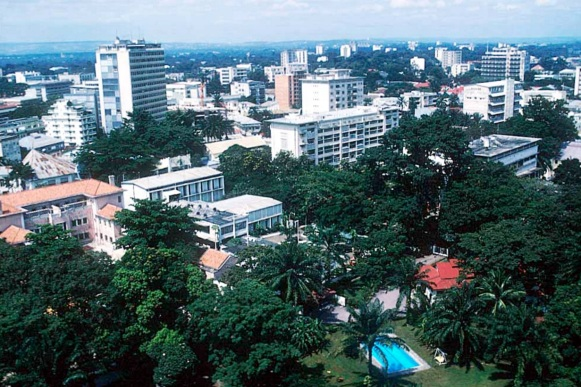 30 de Junho — 1960 – Congo consegue sua independência da Bélgica. Foto de Kinshasa, que tornou-se capital da então colônia do Congo Belga, em 1926.