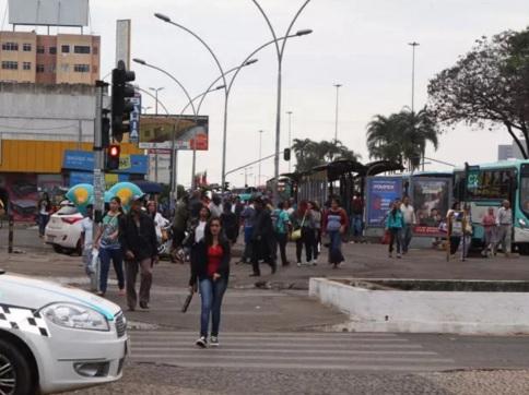5 de Junho - Rua e avenida da cidade – Taguatinga (DF) – 59 Anos.