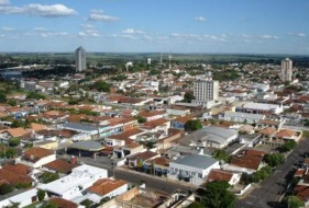 6 de Junho - Foto aérea da cidade - Osvaldo Cruz (SP) – 76 Anos.