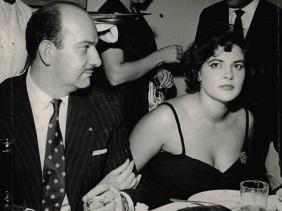 6 de Junho - Maysa em 1956, ano de lançamento do primeiro disco.
