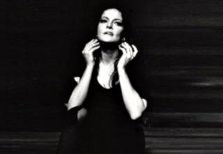 6 de Junho - Maysa em cena no teatro - Woyzeck (1971).
