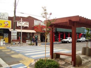 6 de Junho - Rua da cidade – Osvaldo Cruz (SP) – 76 Anos.