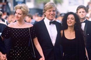 8 de Junho - As atrizes Melanie Griffith e Sonia Braga, dirigidas por Robert Redford em 'Rebelião em Milagro', de 1998.