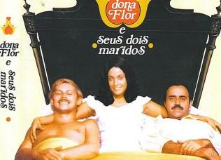 8 de Junho - José Wilker, Sonia Braga e Mauro Mendonça, em cena de 'Dona Flor e seus dois maridos'.