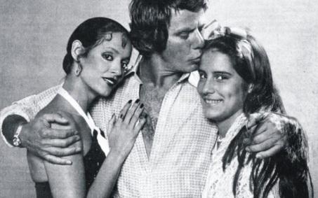 8 de Junho - Sônia Braga, Reginaldo Faria e Glória Pires em 'Dancin' Days'.