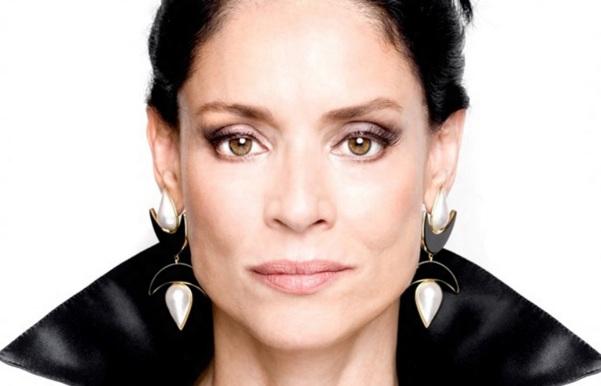 8 de Junho - Sonia Braga.