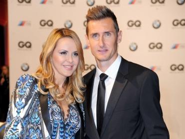9 de Junho - 1978 — Miroslav Klose, futebolista, alemão, de origem polonesa - Com a esposa Sylwia Klose.
