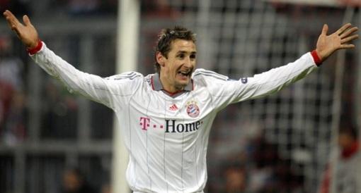 9 de Junho - 1978 — Miroslav Klose, futebolista, alemão, de origem polonesa - Jogando pelo Bayern de Munique.
