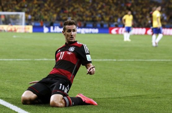 9 de Junho - 1978 — Miroslav Klose, futebolista, alemão, de origem polonesa, na Copa de 2014 no Brasil.