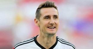 9 de Junho - 1978 — Miroslav Klose, futebolista, alemão, de origem polonesa.