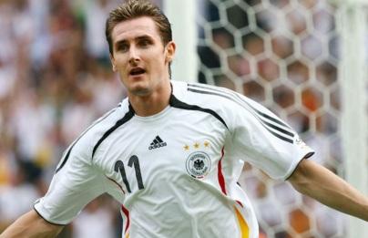 9 de Junho - 1978 — Miroslav Klose, futebolista, alemão de origem polonesa.