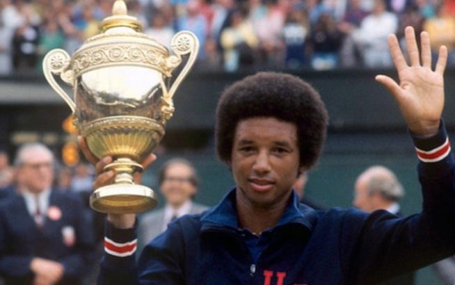 10 de Julho – 1943 - Arthur Ashe, tenista norte-americano (m. 1993).