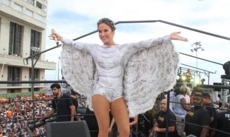 10 de Julho – Cláudia Leitte, cantora brasileira - 1980 – 37 Anos em 2017 - Acontecimentos do Dia - Foto 10.