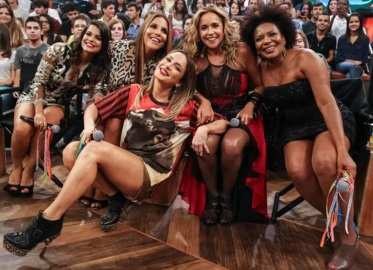 10 de Julho – Cláudia Leitte, cantora brasileira - 1980 – 37 Anos em 2017 - Acontecimentos do Dia - Foto 12.
