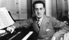 11 de Julho – 1937 — George Gershwin, compositor norte-americano (n. 1898).