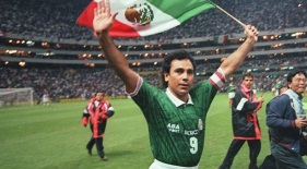 11 de Julho – 1958 – Hugo Sánchez, ex-futebolista e treinador mexicano de futebol.