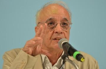 13 de Julho – 1943 – Emir Sader, sociólogo e cientista político brasileiro.