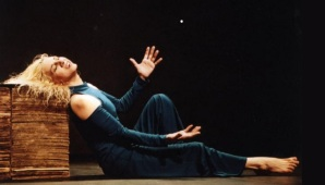 14 de Julho – Denise Stoklos - 1950 – 67 Anos em 2017 - Acontecimentos do Dia - Foto 6.